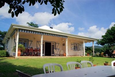 Villa Ti Sable -Lovely 2BR with Large Lush Garden!