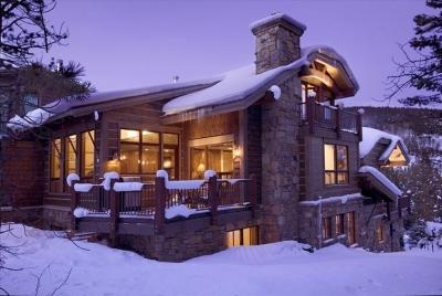 Alpine-Luxury 4BR Home- Ski-In/Ski-Out w/ Hot Tub!