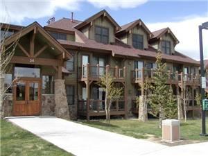 Highland Greens Lodge 202