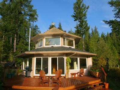 North Lake Waterfront Home