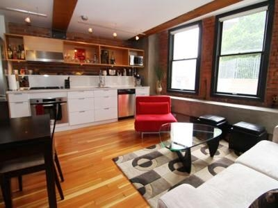 Beatty Loft - Well Appointed Downtown Condo