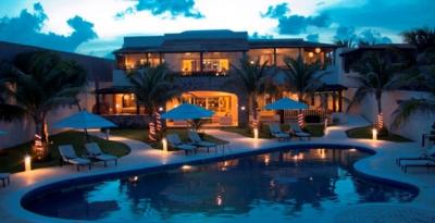 Azul Villa Carola