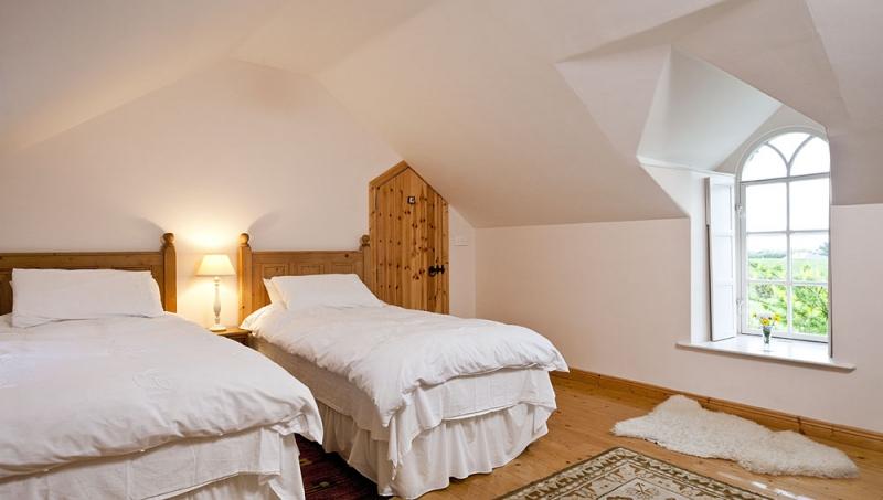 Castle Room Rentals Ireland July