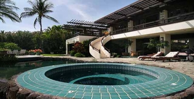 Luxury Villa Photo #17