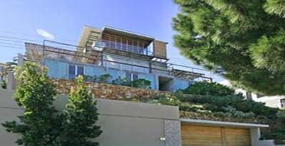 Strathmore Modern Villa