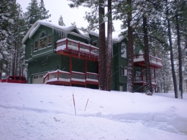 Luxury 4-BR, Just 1 Mile to Beaches, Ski, Casinos!