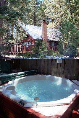 South Lake Tahoe Cabin with Private Hot Tub