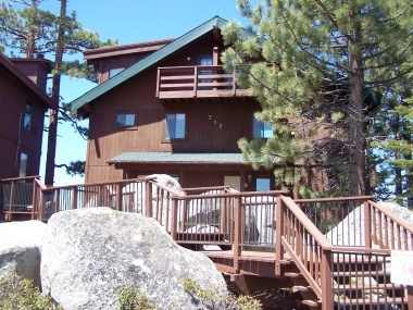 Stateline Condo with Stunning Lake/Mountain Views!