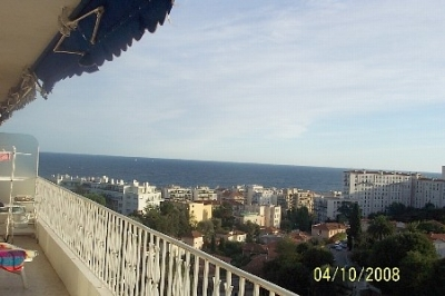 Charming Luxury Condo in Residential Nice