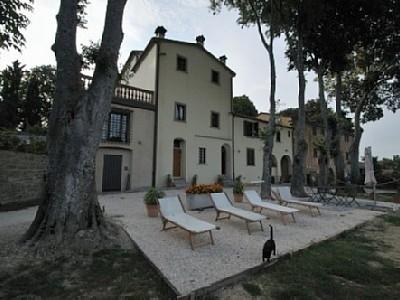 Tredozio Part of an historic renaissance villa