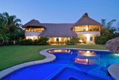 Punta Mita Luxury villa 4 suites surf beach front