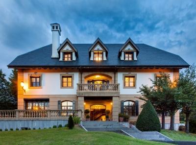 San Sebastian - Basque luxury mansion + foret