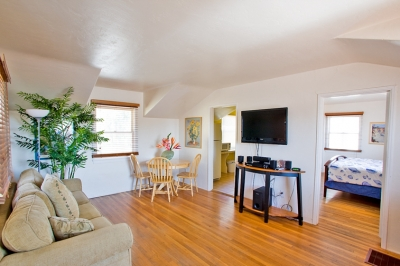Cozy Cottage (453)
