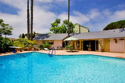La Jolla Cottage w/Pool (5906)